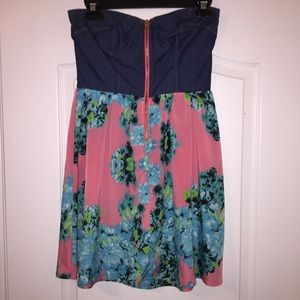 Dresses & Skirts - Strapless denim and floral print dress